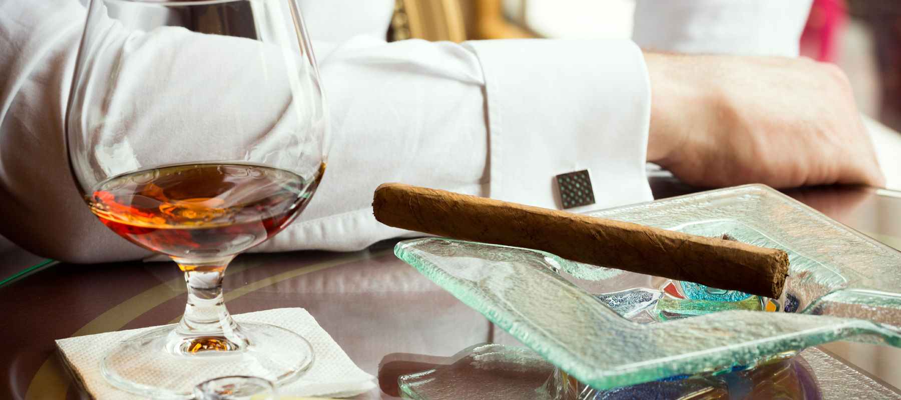 cigar bar membership benefits