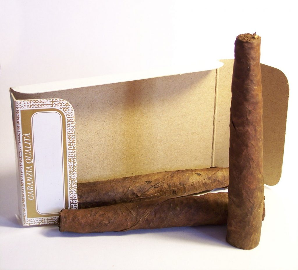Enjoy Your Cigar Without a Cutter